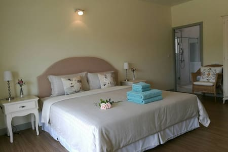 Slow Life Room @Baan Rub Lom, Khao Yai - Appartamento