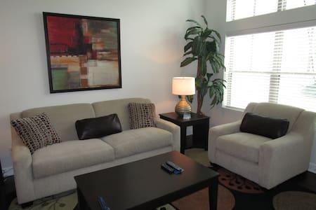 Mission 106 - Leawood - Apartment