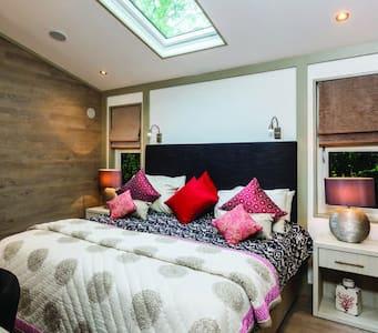 3 Bedroom Autograph Lodge at Norfolk Park - North Walsham