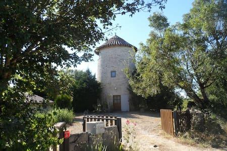 Le Moulin de Payrot - Rumah