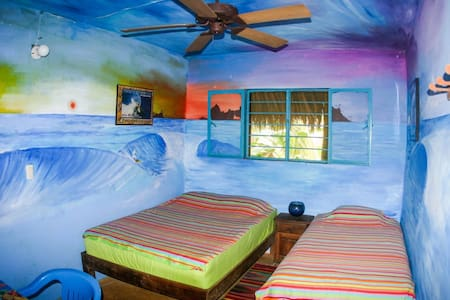 Surfer Room 2 Next to Beach - Other