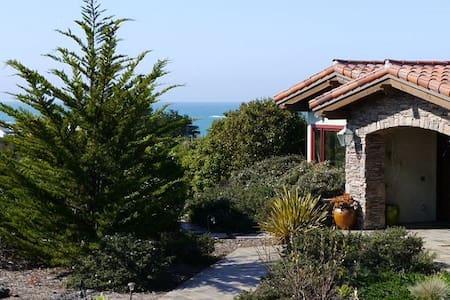 Tuscan Villa - Villa