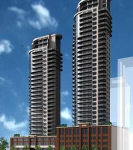 THE ICON - Edmonton - Appartement