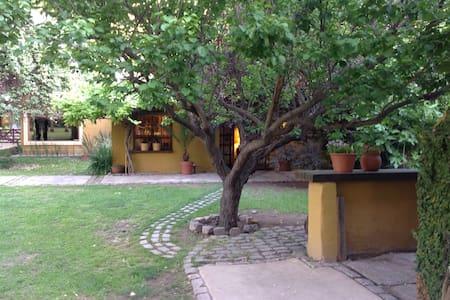 Casa de campo, Los caminos del vino - Lujan de cuyo