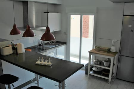 Cartago- Double bed room - Cartagena - Loft