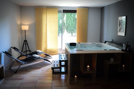 Villa standing avec jacuzzi au Quartier de L'île - Carcassonne