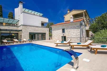 Modern Villa Kina with  private pool and sauna - Villa
