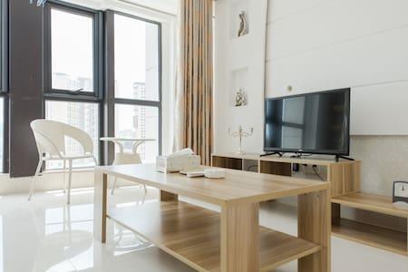 东门町民国街loft三室两卫一厨公寓特价 - Lejlighed