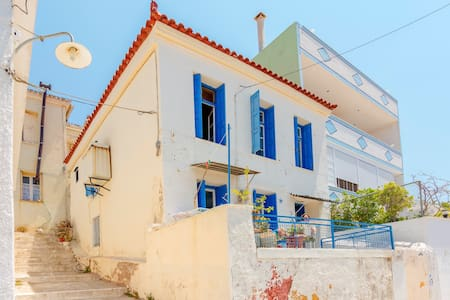 traditional house amazing view - Samos - House