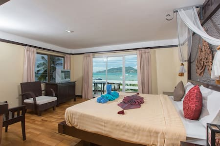 Superior Sea View Room with Terrace - Bed & Breakfast