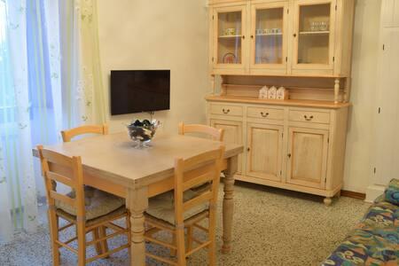 Appartamento luminoso e accogliente - Gubbio - Apartment