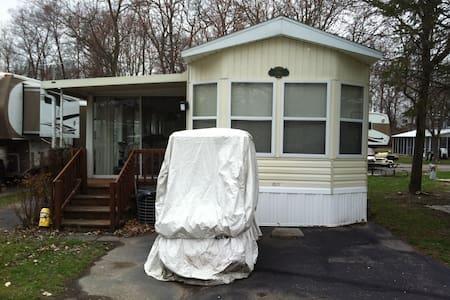 Park Model - Madison - Camping-car/caravane