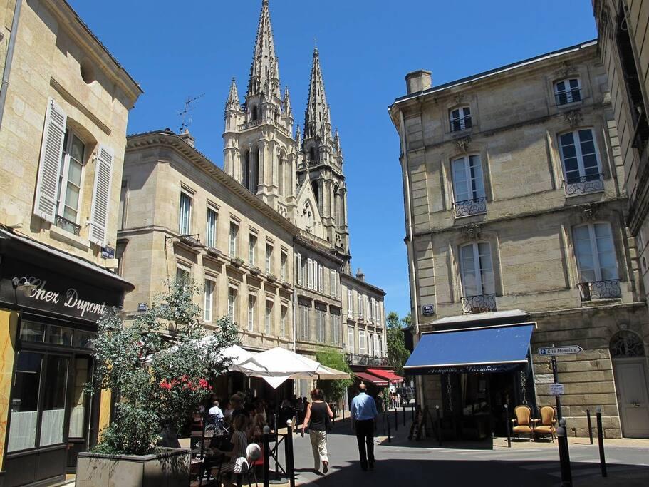 Quartier des chartrons à 2 pas de la rue Notre -Dame