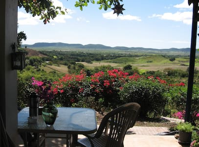 Rural privacy with wonderful view - Lajas - Bed & Breakfast