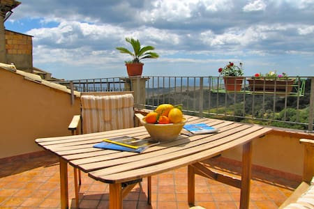 Casa Vacanza B&B Santa Barbara in Medievai Village - Lägenhet