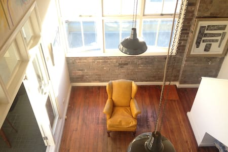 Central Chippendale loft apartment - Chippendale - Çatı Katı