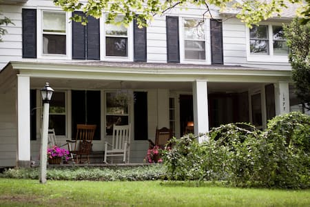 Columbia County/Berkshires old country house - Canaan - Casa