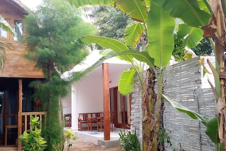 Cotton Tree Cottages Room 7 Family - 民宿