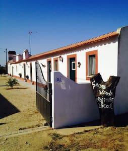 Apartment with kitchen - Barrancão