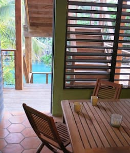 SOLE-SOLE  waterfront APT in CASA CORAL for 6 - Culebra