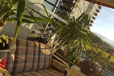 Ganze Wohnung82m2 mit top Ausblick! - Buseck - Apartamento