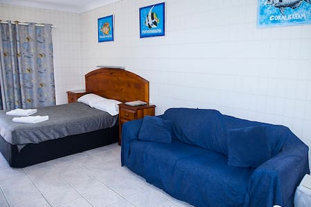 Tropical Palms Self Contained Apartments - Appartement