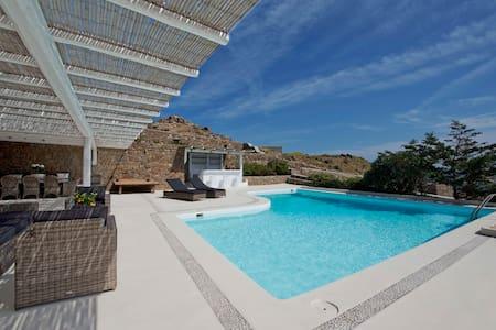 Divine Villa Mykonos - Kalafati - Villa