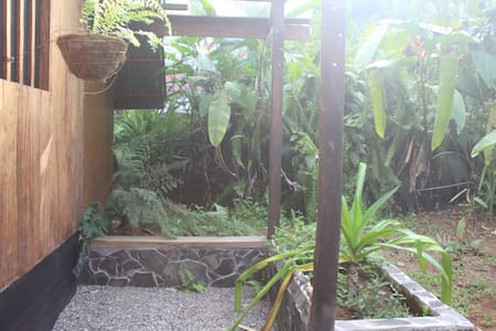 Middle of the jungle near the Pacific - Madera - Zomerhuis/Cottage