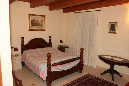 Agriturismo sulle colline, camera quadrupla - Montiano - Bed & Breakfast