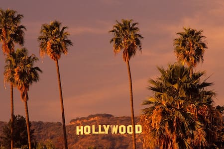 LUXURY STAY IN D HEART OF HOLLYWOOD - Los Ángeles - Bed & Breakfast
