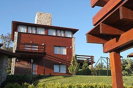 Cabaña para 4 en V. Gesell - Villa Gesell