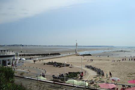 Appart face à la mer, plage du Nau - Le Pouliguen