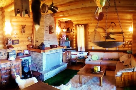 Beautiful log home. - Φιλιππαίοι - Chalet
