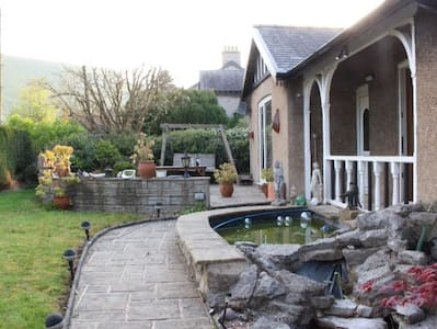 Stoneycroft Bungalow, Castleton Self Catering - Bungalow