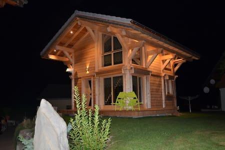 Chalet cocooning au milieu de la nature - Vacheresse - Hytte (i sveitsisk stil)