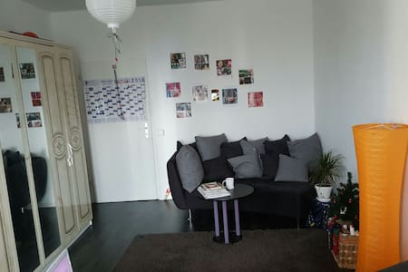 15 EURO PRO PERSON. Nur Fur frauen. - Berlin - Daire