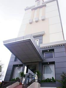 Great location at city center - Balikpapan - Bed & Breakfast