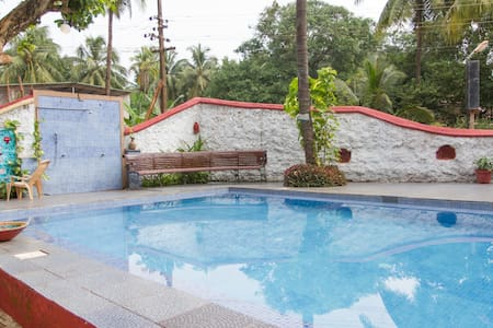 Clean&Cosy 1BHk GFloor @Calangute With Pool Access - Byt