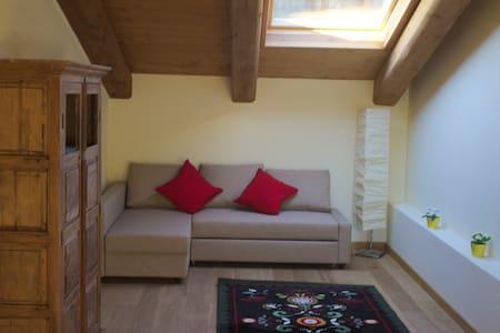Ampio Appartamento da 6 posti letto - Cesana torinese - Huoneisto
