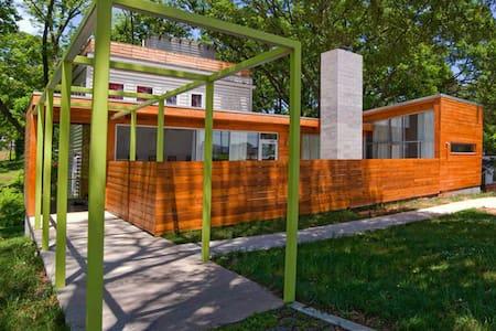 Lux 5BD Modern House @Westside!