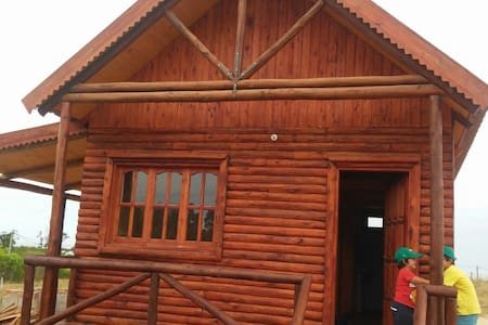 Log Cabin, San Luis, Uruguay, 300 m from the beach - Kabin