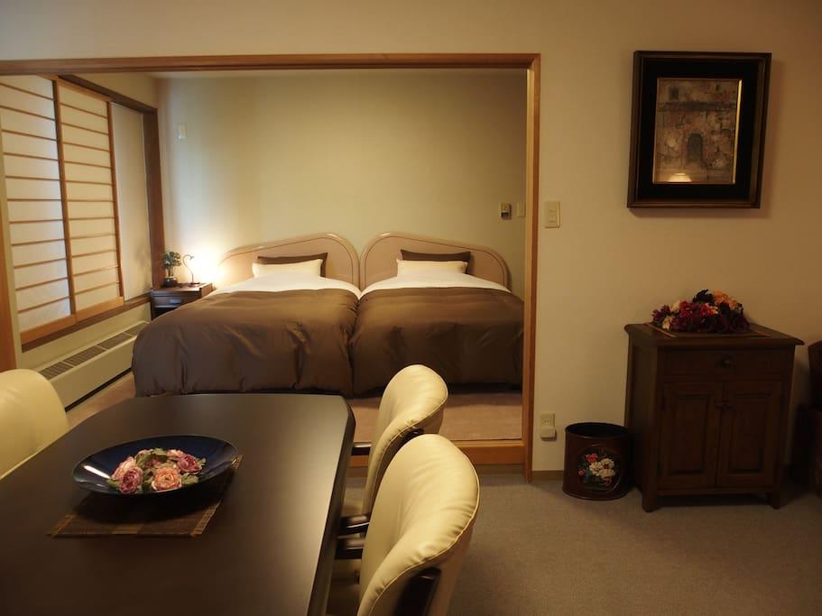 Guest bedroom 寝室