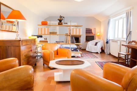 TRES AGREABLE MAISON (25 km PARIS) - Ev