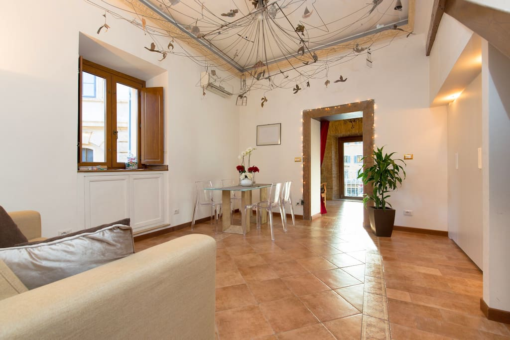 Your livingroom with italian furniture design!