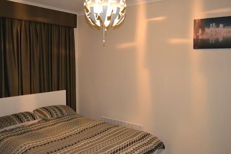 Spacious Family 3 bedroom Holiday Unit - Apartamento