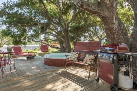 Full Kitchen, Private Hot Tub. - Arroyo Grande - Autocaravana