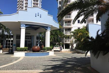 Resort Apartment in Broadbeach - Broadbeach - Departamento