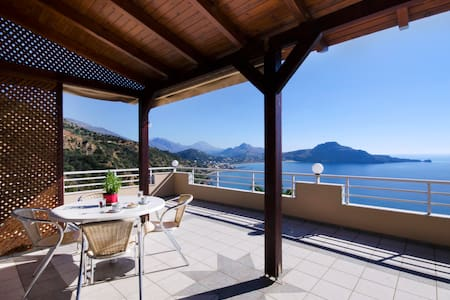 Villa Elgini-unique terrace seaview - Hus