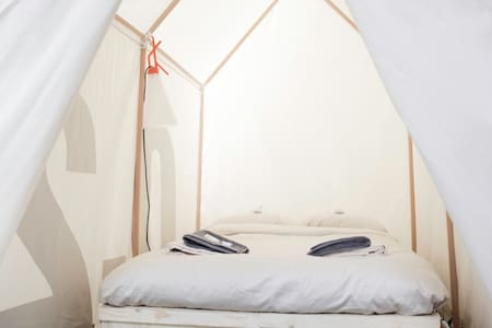 Tent 0.5 | Dutch design week |pop-up hotel - Eindhoven - 帐篷