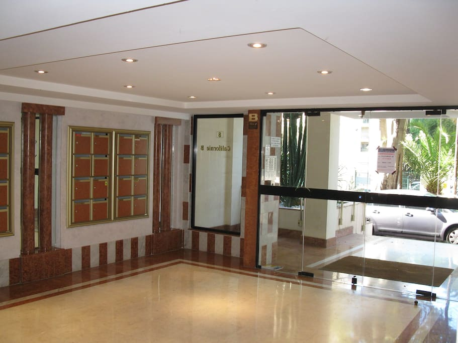 Hall d'entrée de l'immeuble